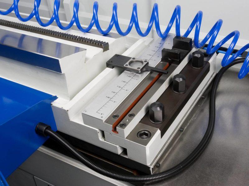 Detail posuvného stolu obráběcího stroje (brusky) BUC E CNC FERMAT Machine Tool