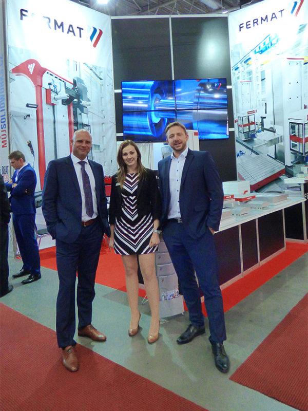 Die Unternehmensleitung FERMAT Machine Tool zusammen mit dem Verkaufsteam von MSV | IMT 2016 in Brno